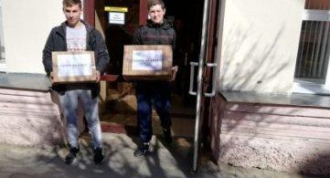 Студенты АМТТ участвуют в акции «Письмо солдату» и «Подарок солдату»